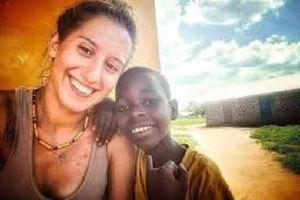 Silvia Romano in Kenya, prima del rapimento.