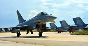 Il velivolo da combattimento Eurofighter.