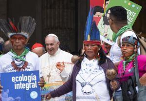 Il Papa durante il Sinodo sull'Amazzonia dell'ottobre scorso in Vaticano (Ansa)