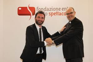 Matteo Burico, sindaco di Castiglione del Lago e monsignor Davide Milani, presidente della Fondazione Ente dello Spettacolo