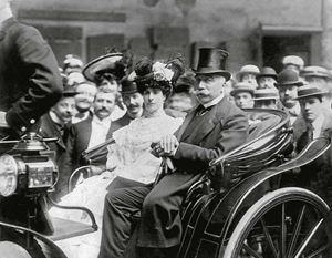 Il Re Umberto I in carrozza, foto tratta dal sito http://museodelrisorgimento.provincia.lucca.it/accadde/luccisione-umberto-i/