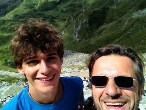 Giapietro Ghidini, 59 anni, con il figlio Emanuele