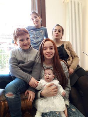 I figli di Federica e Saverio: Benedetta, Gloria, Margherita ed Emanuele. In primo piano al centro la più piccina, Chiara Gemma