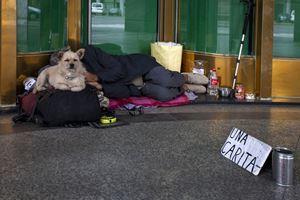 Torino. Senza fissa dimora per strada. Foto di Paolo Siccardi/Walkabout.