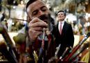 A Napoli spunta la statuina di Mario Draghi nel presepe