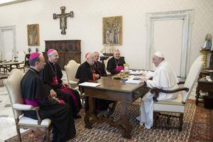 L'incontro del Papa con i vertici della Cei (Ansa)