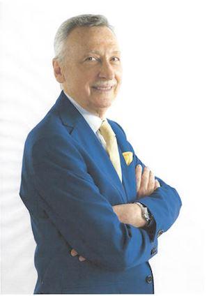 """Massimo Sgrelli, 76 anni, è stato per oltre quindici anni capo del Dipartimento del Cerimoniale di Stato di Palazzo Chigi. Ha scritto """"Il cerimoniale moderno e il protocollo di Stato"""""""