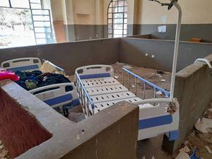 Uno degli ospedali saccheggiati e devastati nel Tigray da parte delle forze militari governative etiopiche.