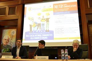 L'edizione della Settimana della Comunicazione del 2019 (al centro dei relatori don Giuseppe Musardo direttore generale della San Paolo, esperto di tecnologie digitali).