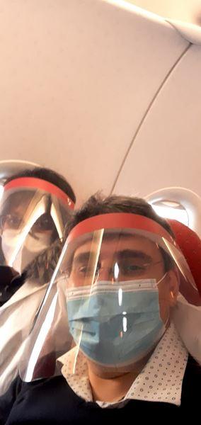 Simonetta Filippini e Enzo Galli nel volo d'andata per l'India