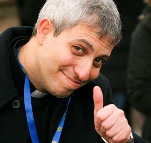 Don Alfredo Tedesco, 38 annil, responsabile del  Servizio diocesano di pastorale giovanile di Roma.