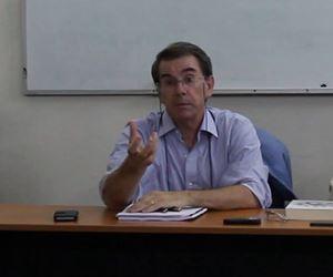 Il professor Riccardo Moro, economista, 60 anni, dal suo profilo Facebook.