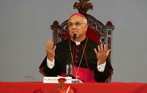 Monsingor Vincenzo Bertolone, 74 anni, arcivescovo di Catanzaro-Squillace e presidente della Conferenza episcopale calabra. Foto Ansa.