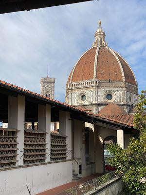 La cupola di Santa Maria in Fiore vista dalla Biblioteca delle Oblate